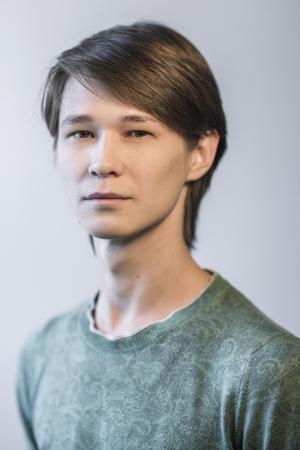andrey-tihonov_300x450_sovremenniki